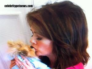 Photo of Lisa Vanderpump Kisses Giggy CPN